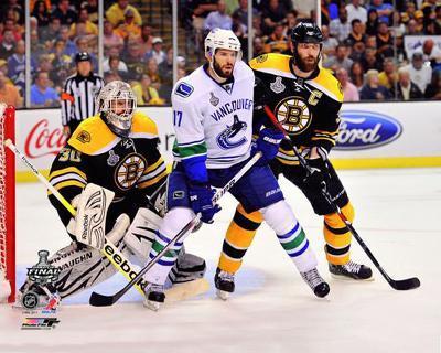 Boston Bruins - Tim Thomas & Zdeno Chara