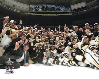 Boston Bruins - Celebration on ice