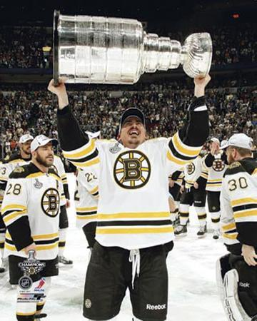 Boston Bruins - Tomas Kaberle w/ Stanley Cup