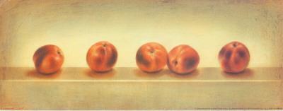 5 Red Peachs