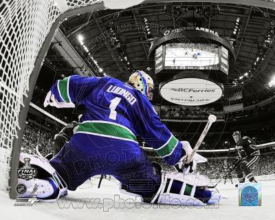 Roberto Luongo Game 2 of the 2011 NHL Stanley Cup Finals Spotlight Action