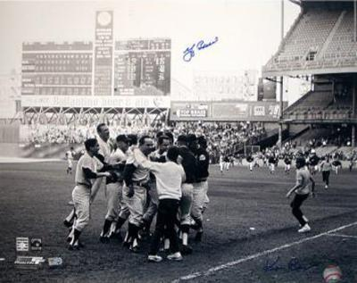 Yogi Berra w/ Team B&W (Signed by Regan) (MLB Auth) Autographed Photo (Hand Signed Collectable)