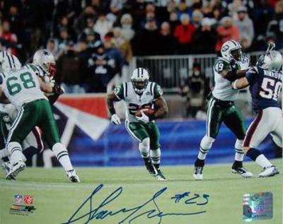 Shonn Greene 20yrd Run vs Patriots Autographed Photo (Hand Signed Collectable)