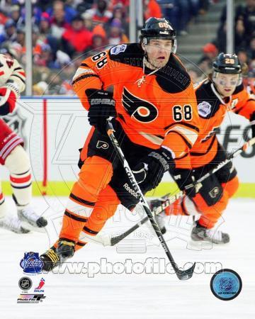 Jaromir Jagr 2012 NHL Winter Classic Action