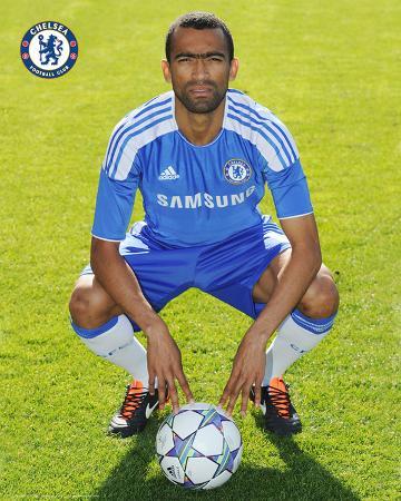 Chelsea-Bosingwa Head Shot 11/12