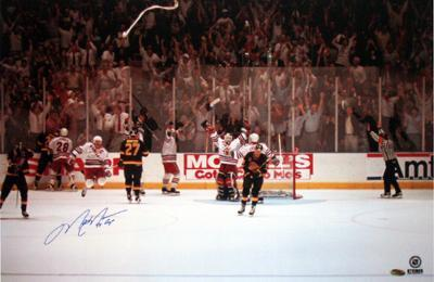 Mark Messier Victory on Ice with 94 Cup Inscription
