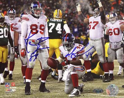 Ahmad Bradshaw/ Kevin Boss Dual Signed Wide Angle TD Celebration vs Packers Photo