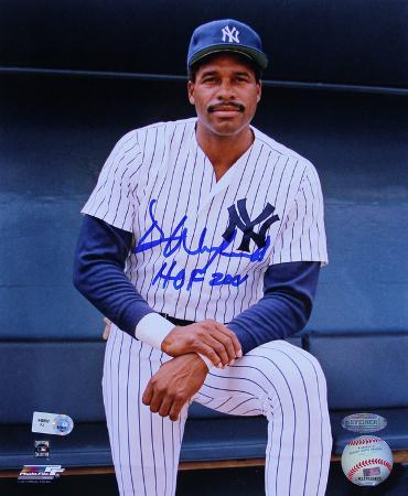 "Dave Winfield Pose in Dugout Verticalw/ ""HOF 2001"" Inscription"