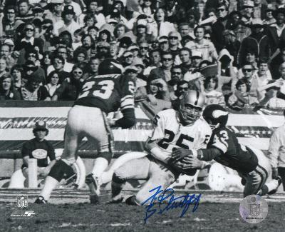 Fred Biletnikoff Oakland Raiders B&W Autographed Photo (Hand Signed Collectable)