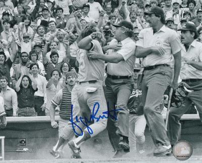 George Brett Pine Tar Incident Autographed Photo (Hand Signed Collectable)