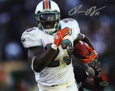 Ronnie Brown Miami Dolphins Autographed Photo (Hand Signed Collectable)