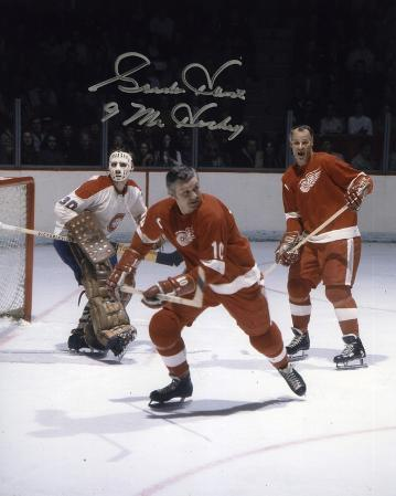 Gordie Howe Detroit Red Wings with Mr. Hockey  Autographed Photo (Hand Signed Collectable)