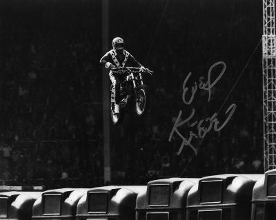 Evel Knievel (motorcycle Stuntman) Wembley Stadium Autographed Photo (Hand Signed Collectable)