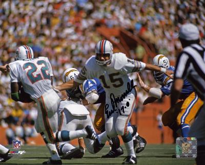 Earl Morrall Miami Dolphins - Handoff with 17-0  Autographed Photo (Hand Signed Collectable)