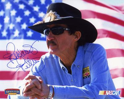 Richard Petty NASCAR Autographed Photo (Hand Signed Collectable)