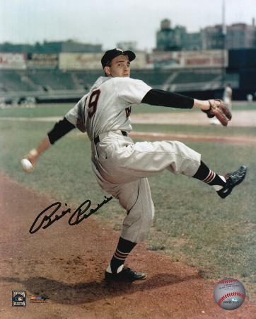 Billy Pierce Chicago White Sox Autographed Photo (Hand Signed Collectable)