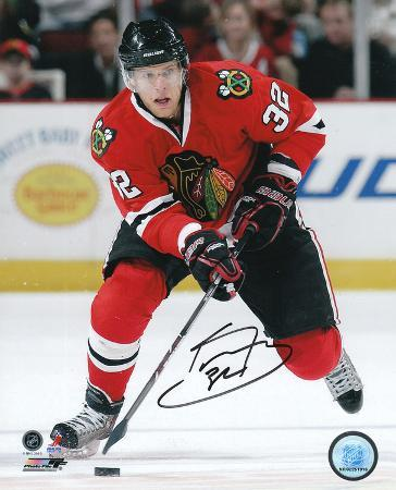 Kris Versteeg Chicago Blackhawks Autographed Photo (Hand Signed Collectable)