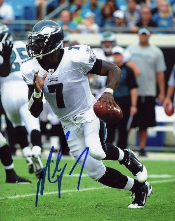 Michael Vick Philadephia Eagles Autographed Photo (Hand Signed Collectable)