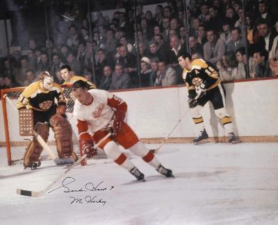 Gordie Howe Detroit Red Wings Vs Bruins with Mr. Hockey Autographed Photo (Hand Signed Collectable)