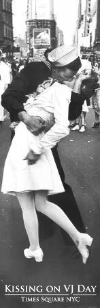 Kissing On VJ Day War's End Kiss