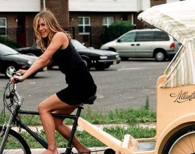 Jennifer Aniston On Bike Movie Glossy Photo Photograph Print