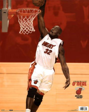 Miami Heat Shaquille O'Neal Dunking Sports Poster Print