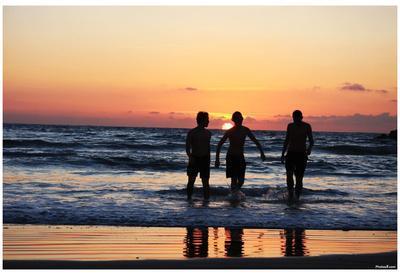 Beach (Kids Playing in Sunset) Art Poster Print
