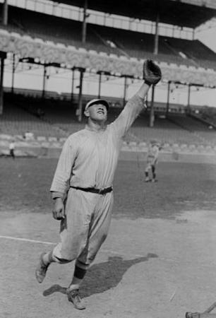Jim Thorpe Reaching to Make a Catch for the New York Giants Archival Photo Poster Print