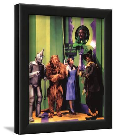 The Wizard of Oz Movie (Group in Oz) Glossy Photo Photograph Print