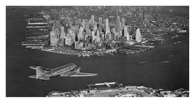 Airplane flying towards Manhattan