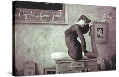 'eka pada raja kapotasana' stretched canvas print  gosia