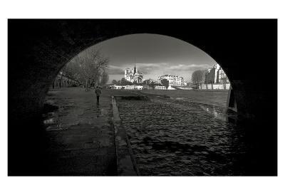 Through the Eyes of Paris