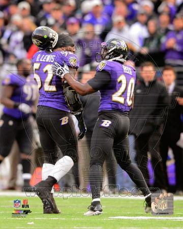 Ray Lewis & Ed Reed walk off the field together for the last time during Lewis' final game in Balti