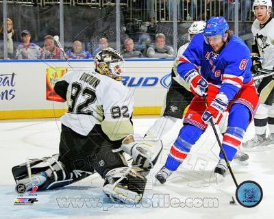 Rick Nash 1st Goal as a Ranger 2012-13 Action