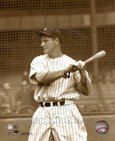 Lou Gehrig posed with bat looking to his right.