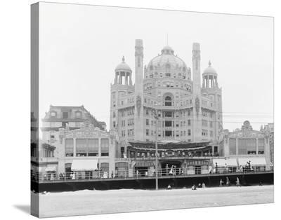 Atlantic City's Marlborough-Blenheim Hotel, ca. 1912