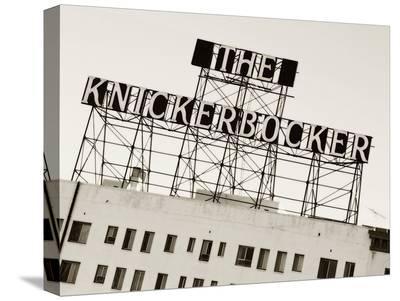 KnickerBocker 1