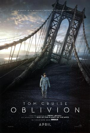 Oblivion (Tom Cruiz, Morgan Freeman, Andrea Risenborough) Movie Poster