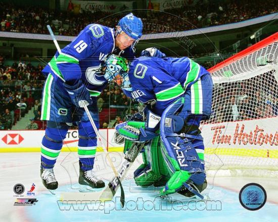 Vancouver Canucks Markus Naslund Roberto Luongo Photo Photo At