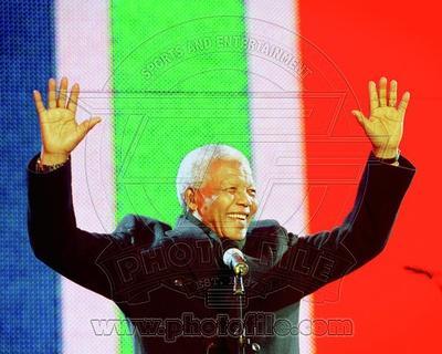 Former South African President Nelson Mandela speaks at the Celebrate South Africa Concert April 29