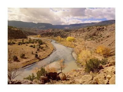 Rio Chama in autumn, New Mexico