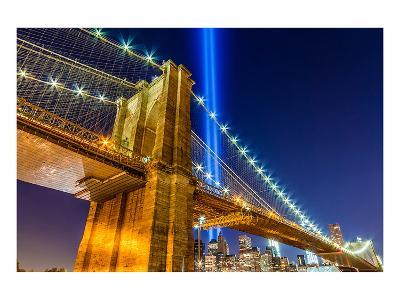 WTC Light over Brooklyn Bridge