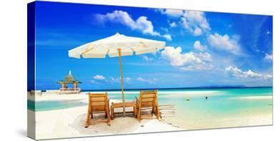 Sandy Tropic Beach Umbrella