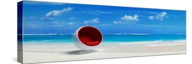 Caribbean Beach& Designer Seat