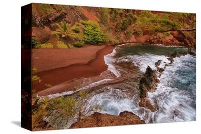 Kaihalulu Beach Maui Hawaii