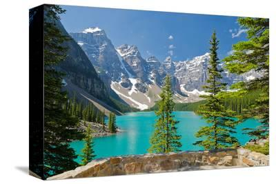 Moraine Lake Trail Banff Park