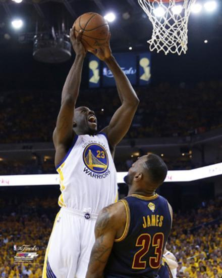 draymond green dunks over lebron james in game 1 of the 2015 nba