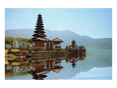 Bali Pura Bratan Hindu Temple