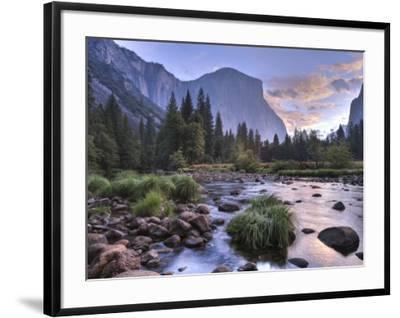 Early Sunrise, Yosemite, California, USA