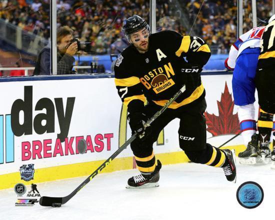 sports shoes 22d7f 3d9b2 Patrice Bergeron 2016 NHL Winter Classic